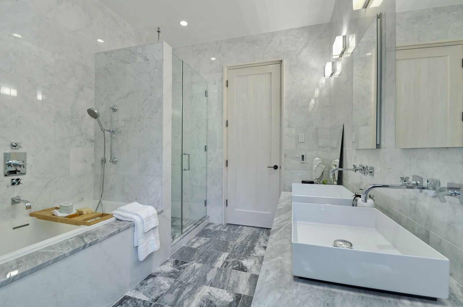 46East83rdStreet-bathroom